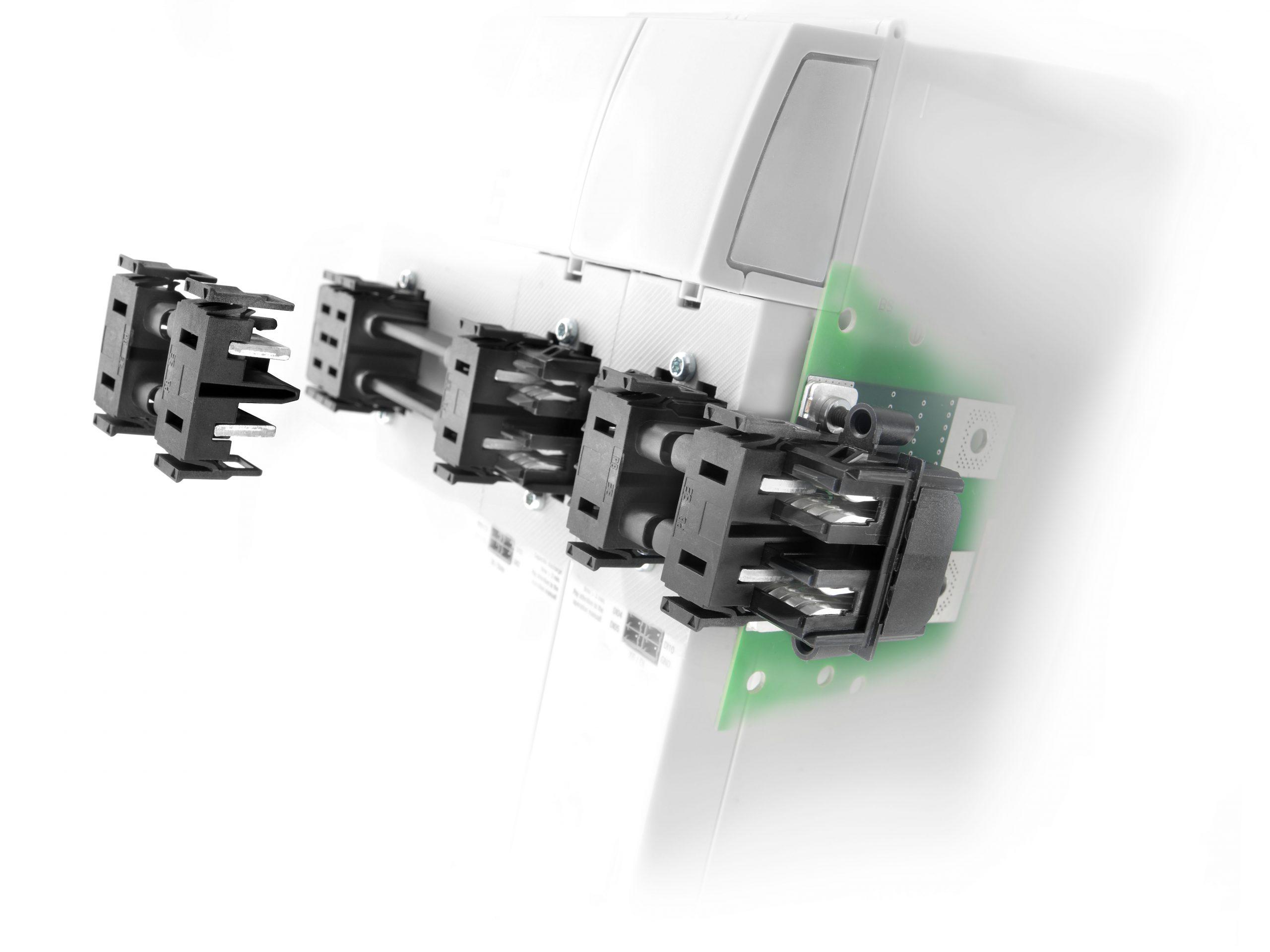 Stromschiene für Mehrachsverstärker