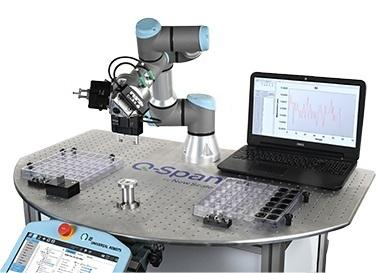 Cobot-Messstation:Ein Roboter, drei Greifer