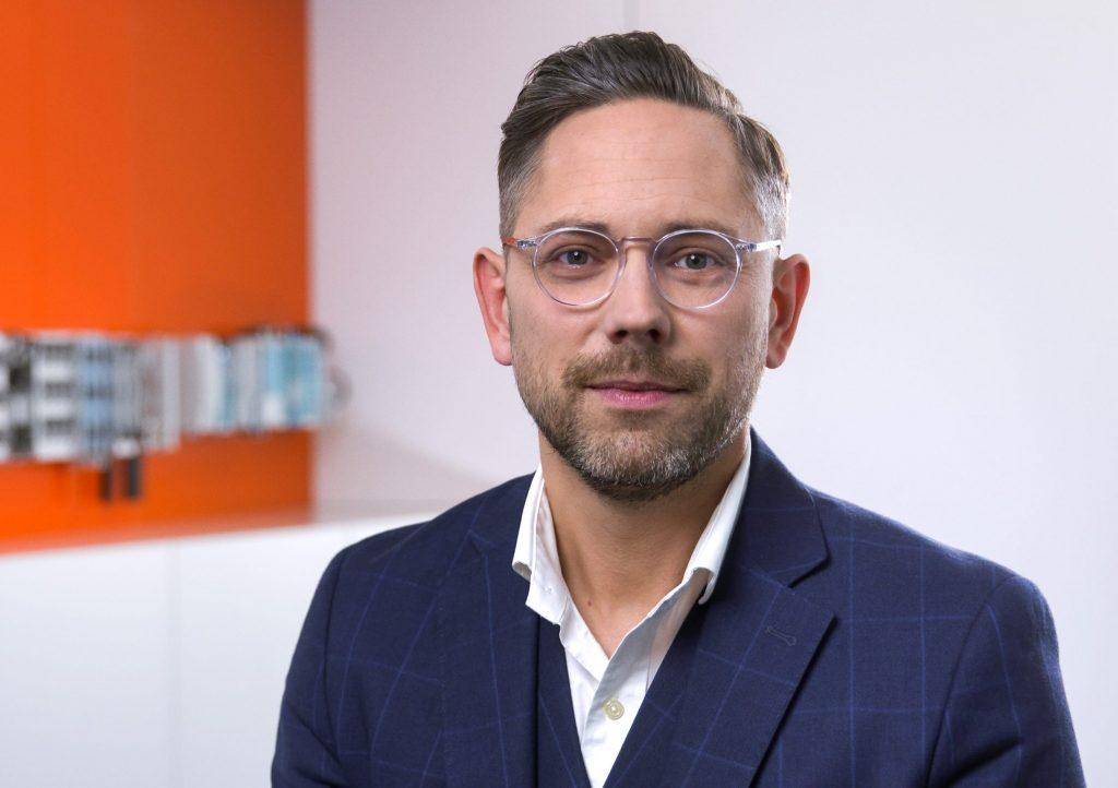 """Philipp Steinberger: """"Mit dem Motus C14 kann der Anlagenbauer sehr kompakt bauen und damit seinen Kunden eine wirtschaftliche Lösung bieten."""""""