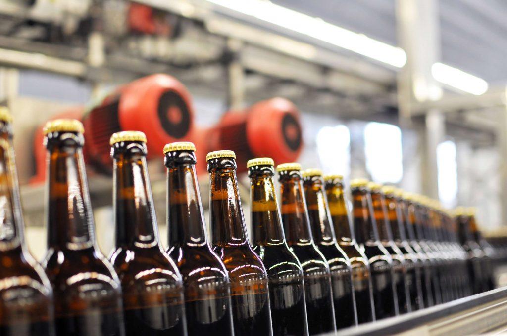 Newamstar ist einer der größten chinesischen Hersteller von Verpackungsmaschinen für Flüssigkeiten und Getränke.