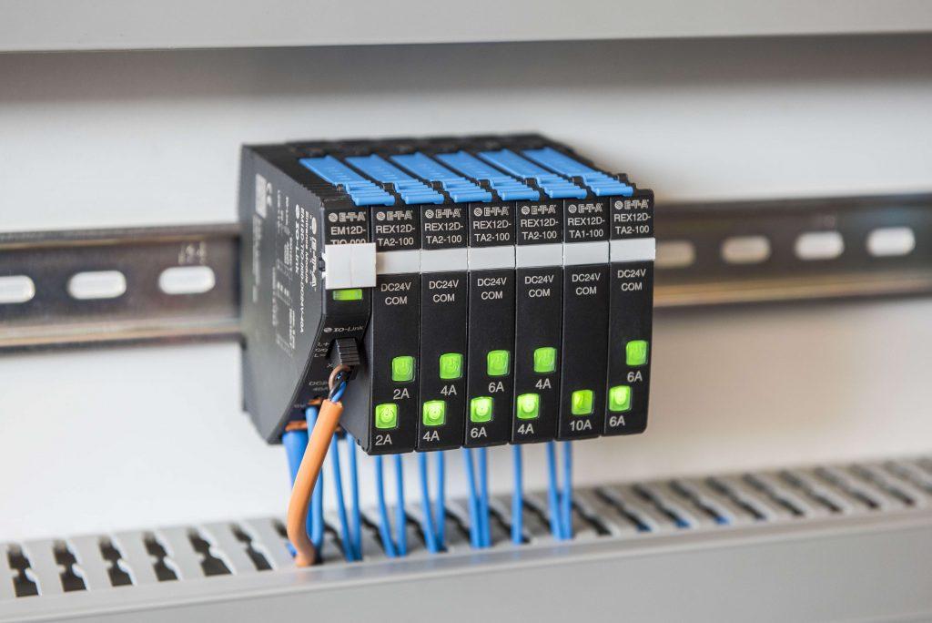 Das intelligente Absicherungssystem liefert die notwendigen Informationen für einen stabilen Fertigungsprozess.