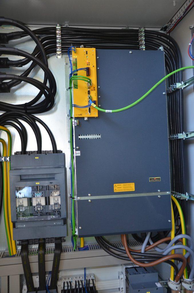 Die wassergekühlten Monoeinheiten b maXX 5500 sind kompakt, platzsparend und leistungsstark.