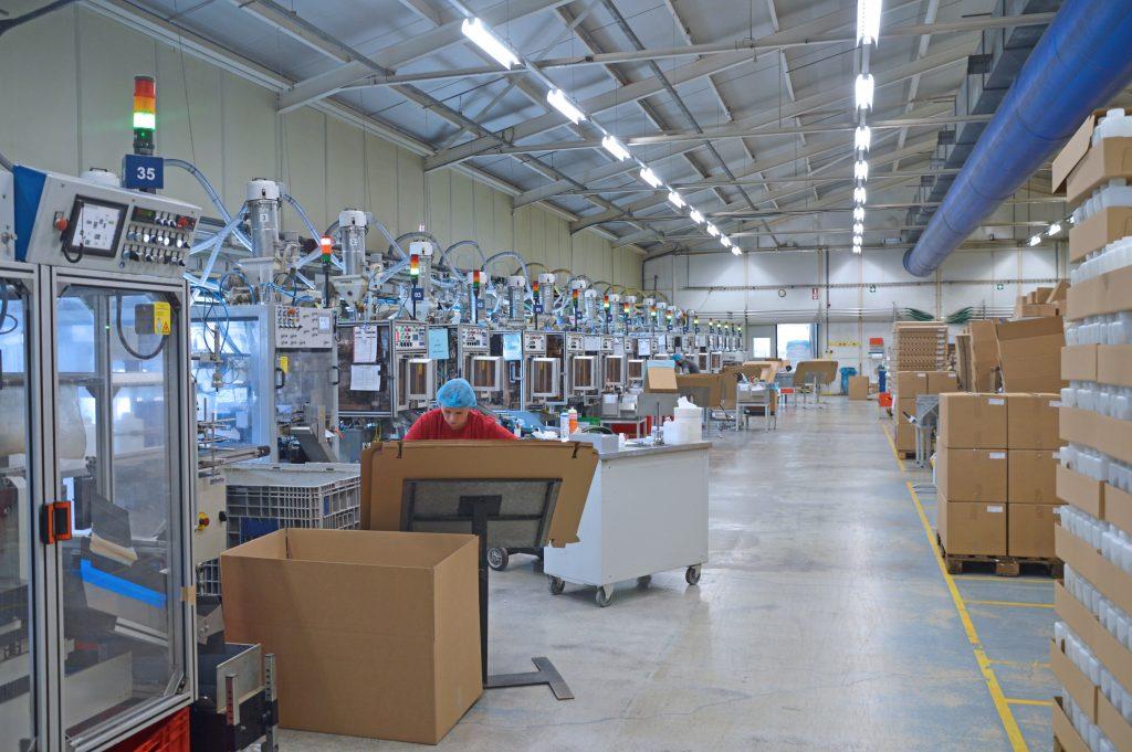 Art, Alter oder Hersteller der Maschinen spielen keine Rolle: MDE-System braucht nur eine Werma-Signalsäule als Schnittstelle.